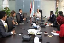 صورة وزيرة البيئة تبحث مع فودافون مصر تنفيذ تطبيق إلكتروني لتدوير المخلفات