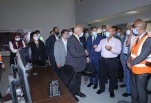 صورة الوزير : ٥٠ مليار جنيه لتحديث الفي كيلو متر من خطوط السكة الحديد