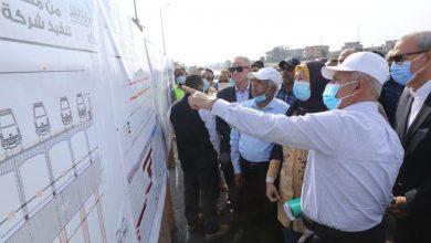 صورة وزير النقل يتابع إنشاء محور  طولي مروري  من بنها حتى دمياط
